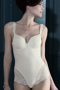 Abbildung zu Contour-Body (12J541) der Marke Simone Perele aus der Serie Caressence