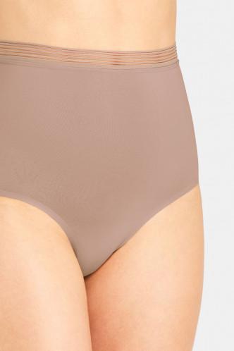 Abbildung zu Highwaist Panty (10191038) der Marke Triumph aus der Serie Infinite Sensation