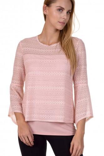 Abbildung zu Shirt mit modischen Ärmeln (86314) der Marke Cheek aus der Serie Kiss Me
