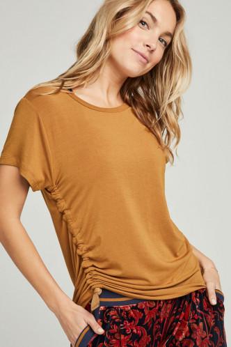 Abbildung zu T-Shirt (852005H) der Marke Jockey aus der Serie Hidden Tales - Loungewear