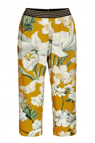 Abbildung zu Rosie Rosalee Trousers 3/4 (401531-310) der Marke ESSENZA aus der Serie Loungewear 2020
