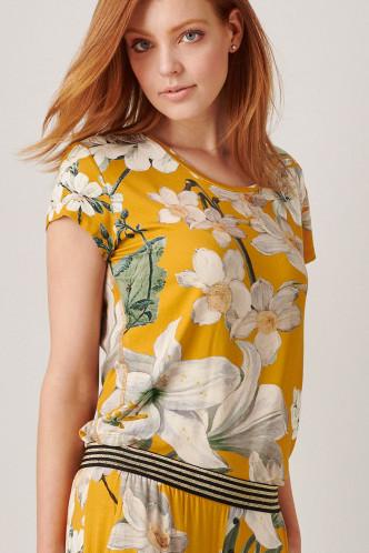 Abbildung zu Saona Rosalee Top Short Sleeve (401458-306) der Marke ESSENZA aus der Serie Loungewear 2020