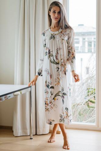 Abbildung zu Nachthemd lang Blumenprint (1417) der Marke Hutschreuther aus der Serie Fashion 2021