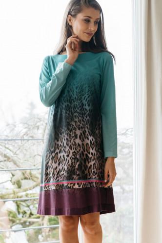 Abbildung zu Nachthemd kurz Leoprint (1402) der Marke Hutschreuther aus der Serie Fashion 2021