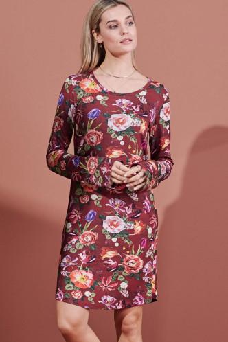 Abbildung zu Elm Scarlett Nightdress Long Sleeve (401711-328) der Marke ESSENZA aus der Serie Loungewear 2021-2