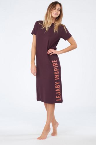 Abbildung zu T-Shirt-Kleid Sporty Chic (I0342) der Marke Maison Lejaby aus der Serie Inspire